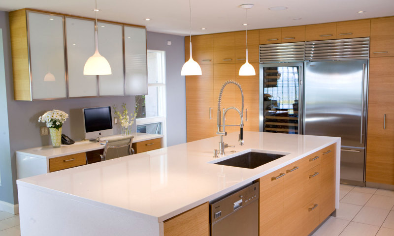 Woodecor Custom Modern Kitchen