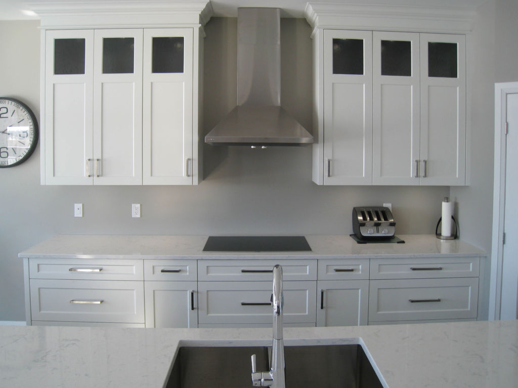 Contemporary Two Tone Woodecor Quality Custom Cabinetry